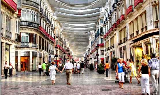En taxi desde nerja a ver la Calle Larios de Málaga