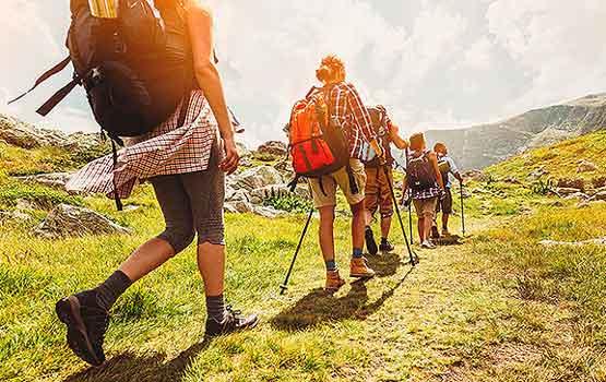 En Nerja de excursion y rutas de senderismo