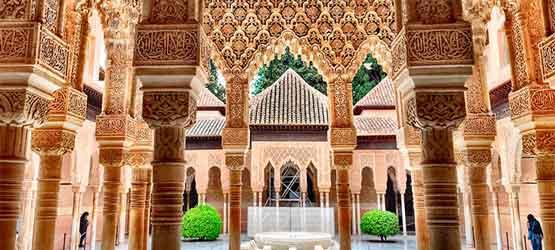 Alhambra de Granada Tours by taxi